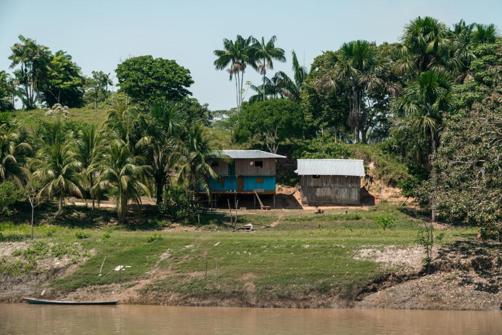 Die Aussicht vom Frachtschiff auf die umliegenden Dörfer ist ein Traum