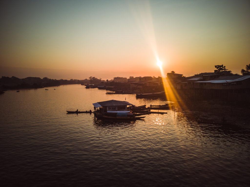 Sonnenaufgang irgendwo in Peru